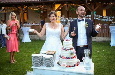 Restaurace Maximum Krájení dortu